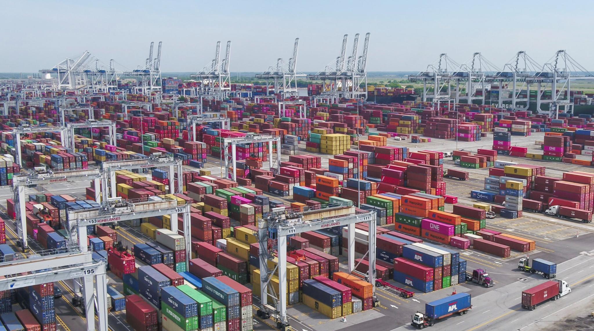 Savannah port cargo