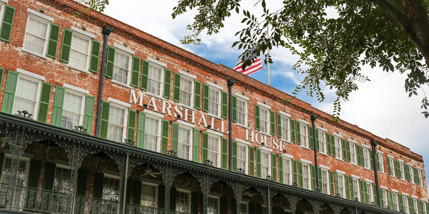 Savannah hotel Marshall House