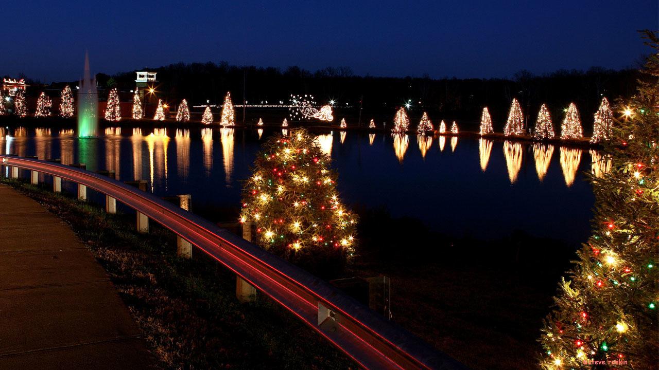 mcadenville christmas town