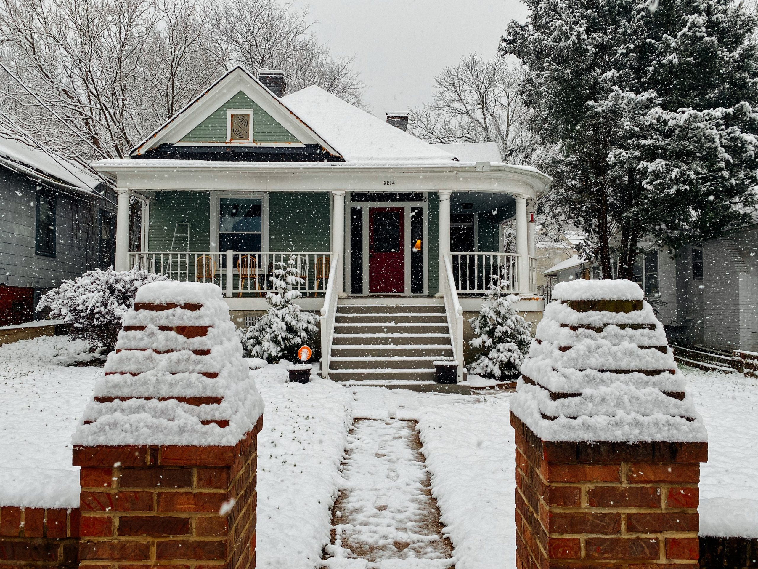 winter time to buy a house