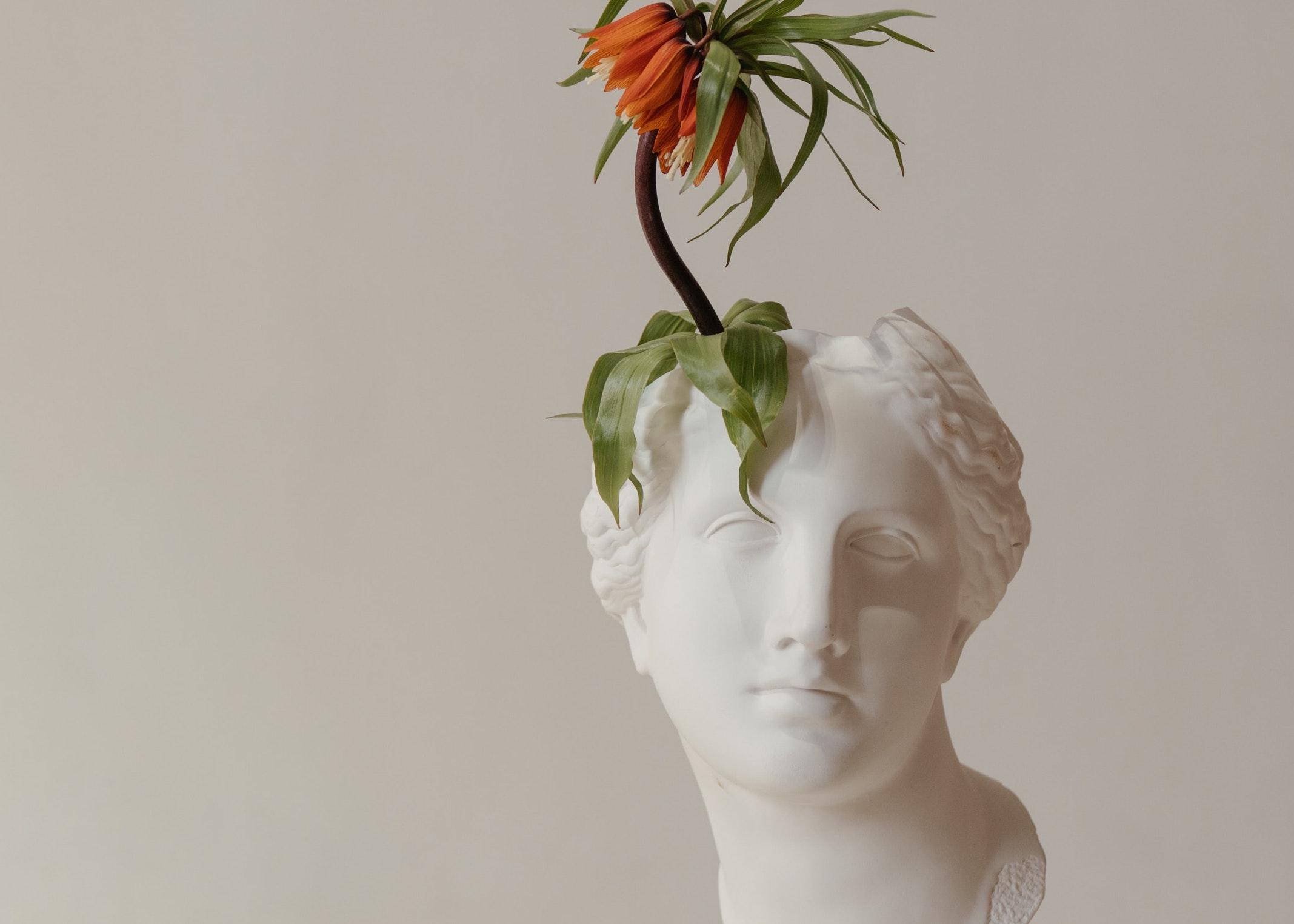art collector sculptures luxury home ideas