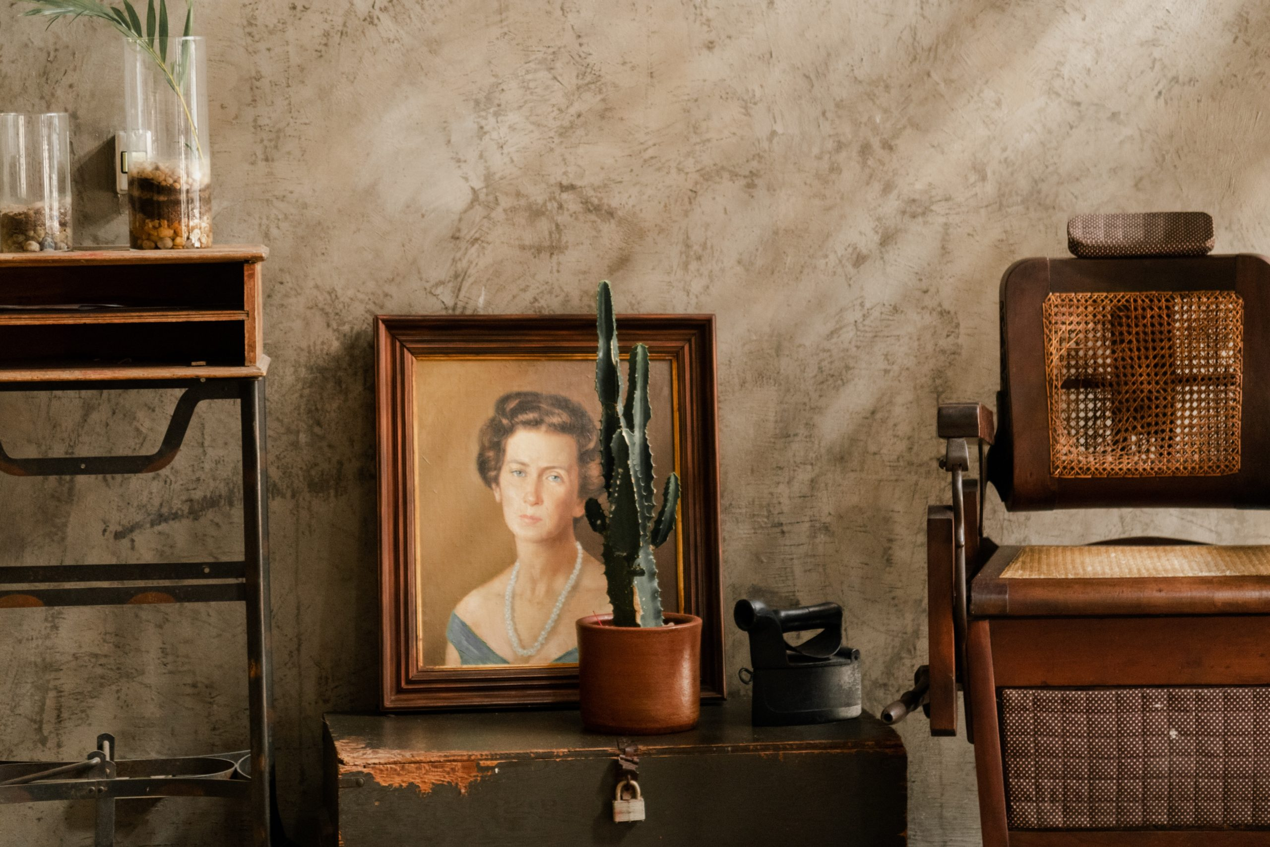 antiques for luxury homes and fall decorating
