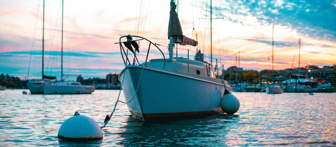Vacation homes for boating enthusiasts